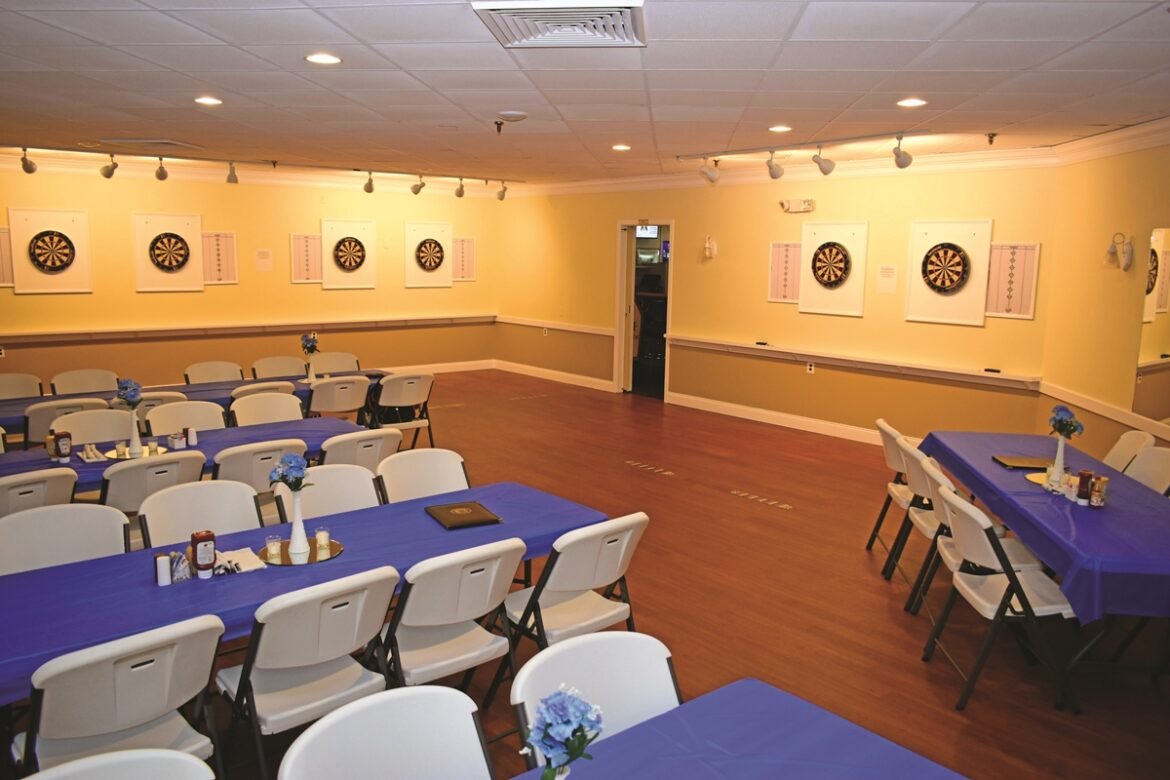 Game Darts Meeting Room Image